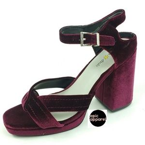 Seven Dials Poliana velvet block heels size 10